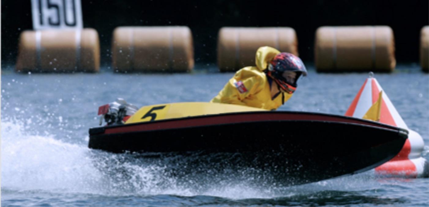 競艇の全速ターンとは。全速ターンの画像